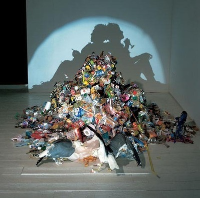 """Tim Noble & Sue Webster: """"Dirty White Trash (with Gulls)"""" 