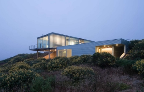 Architecture de verre pour une maison contempor...