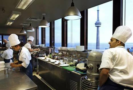Sky-high restaurants come with lofty challenges | Urban eating | Scoop.it