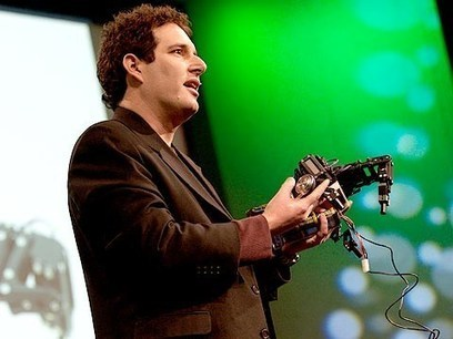"""Building """"self-aware"""" robots 