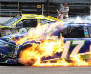 NASCAR action at Indy | Kwang_mang | Scoo