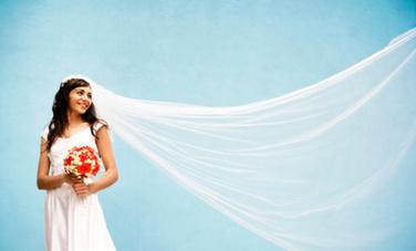 10 Handmade Wedding Dresses For the DIY Loving Bride - Care2.com | DIY WEDDINGS | Scoop.it