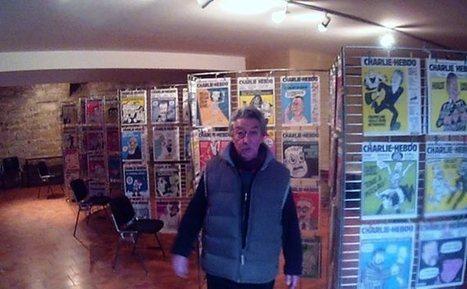 Il va exposer ses  800 exemplaires de Charlie Hebdo durant toute cette semaine ! | Pays de Gourdon Tourisme | Scoop.it