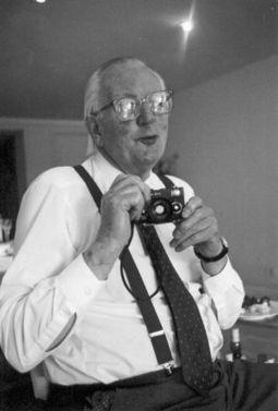 Tom Sharpe, escritor de risa... en serio   Arte, Literatura, Música, Cine, Historia...   Scoop.it