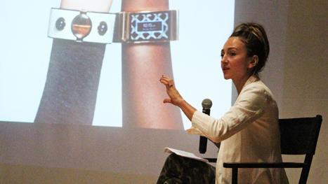 Prêt-à-porter tech: The future of wearables - Bizwomen | Wearables News | Scoop.it