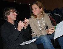 À l'Atelier chansons de la médiathèque d'Armentières, Violaine et Christophe travaillent les mots | Musique en bibliothèque | Scoop.it