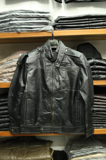 Handmade Men's stand collar leather jacket | Shopping | Scoop.it