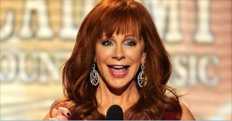 "Reba Caught On Lunch Date With Legendary Superstar… We're SO Jealous | ""FOLLIEWOOD"" 