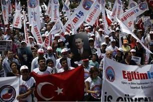 Turquie : deux syndicats rejoignent la contestation   ActuChomage.info   Scoop.it