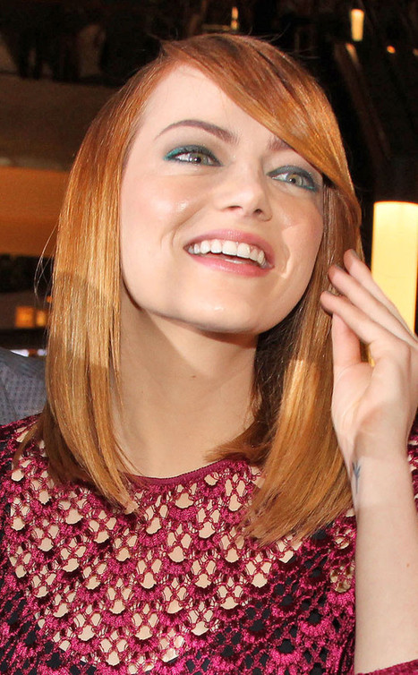 Beauty Police: Emma Stone Defies the Color Wheel With Matchy-Matchy Green ... - E! Online | Estee' Lauder Double wear concealer | Scoop.it