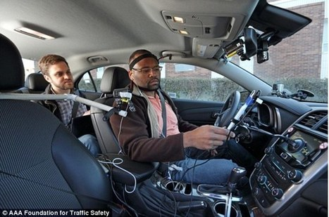 Should using your phone HANDS-FREE in the car be banned? Drivers' attention is diverted for up to 27 seconds after talking   Kickin' Kickers   Scoop.it