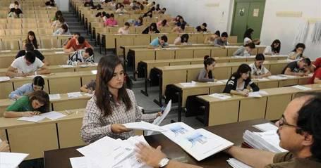 Selectividad: nervios, sonrisas y más esfuerzo | Lucha por la mejora de las condiciones laborales de los docentes extremeños | Scoop.it