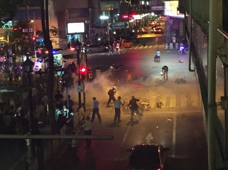 Explosion rocks Bangkok commercial hub, killing several | Ajarn Donald's Educational News | Scoop.it