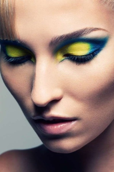 Bold Futuristic Eye Makeup | At Home Beauty Treatments | Scoop.it