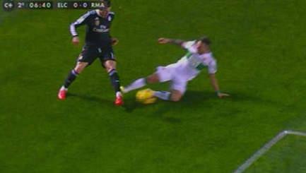 Viens visiter cette page: Gareth Bale Victime D'un Tacle Assassin | Algerie musique | Scoop.it