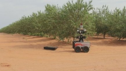 New robots to give farmers a hand on the land - ABC News (Australian Broadcasting Corporation) | Agricultural Robots | Scoop.it
