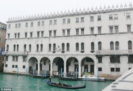 Benetton in row with heritage campaigners over plan to convert 500-year-old Venetian palazzo into 'megastore' | GOSSIP, NEWS & SPORT! | Scoop.it