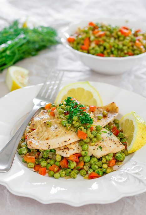 #HealthyRecipe : Fresh Sole Fish with Pea Salad | The Man With The Golden Tongs Goes All Out On Health | Scoop.it