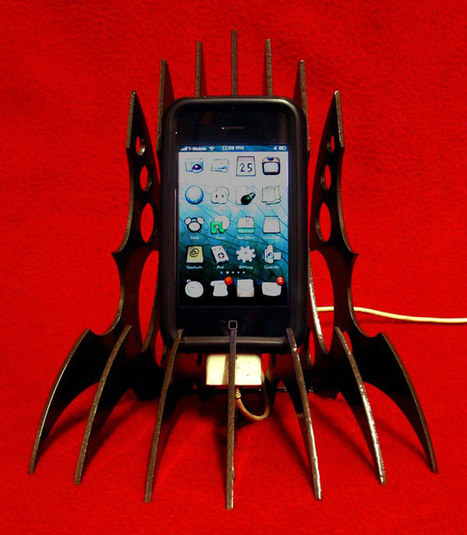 Klingon iPhone Stand: Today Isn't a Good Day for Your iPhone to Die - Technabob   applenews   Scoop.it