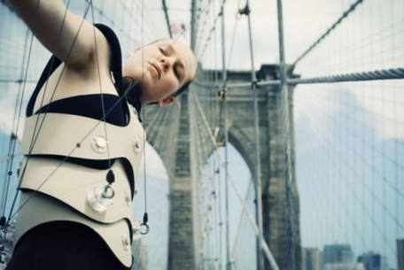The Human Harp Transforms the Brooklyn Bridge into a Giant Musical Instrument | Inhabitat New York City | Found Sounds | Scoop.it