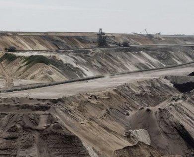 En Allemagne, le courageux combat de quelques zadistes contre une monstrueuse mine de charbon | Communiqu'Ethique fait sa revue de presse : (infos du monde capitaliste)) | Scoop.it