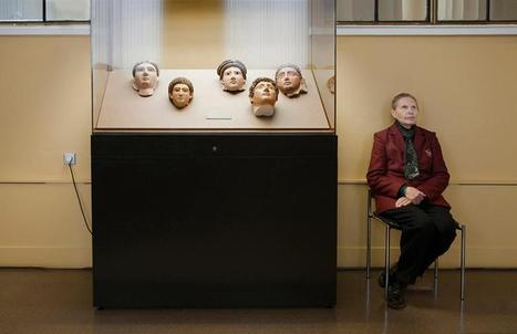 Russia's Lady Museum Guards | AUDITORIA, mouseion Broadband | Scoop.it