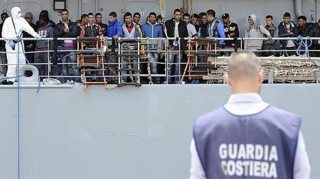 More than 4,000 migrants rescued in 24 hours in Mediterranean | Crakks | Scoop.it