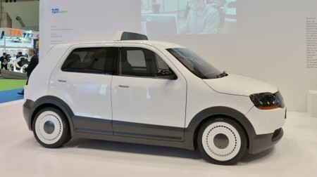 EVA electric taxi can travel 200 km on a 15-minute charge   Real Estate Plus+ Daily News   Scoop.it