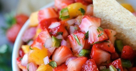 22 Perfectly Sweet and Spicy Fruit Salsa Recipes | ♨ Family & Food ♨ | Scoop.it