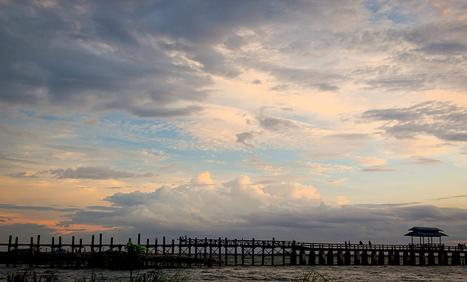 U-Bein Bridge at Sunset Wild About Travel | The Blog's Revue by OlivierSC | Scoop.it