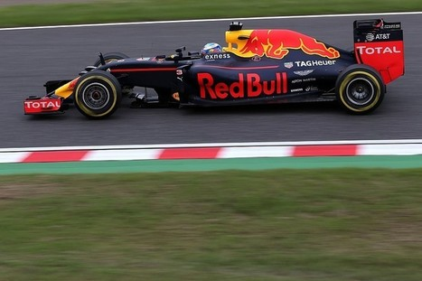Ricciardo says engine was 'bleeding' power in qualifying at Suzuka | F 1 | Scoop.it