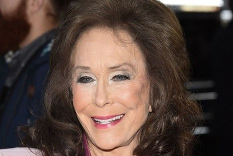 Loretta Lynn Postpones Additional Concerts Following Surgery | Country Music Today | Scoop.it