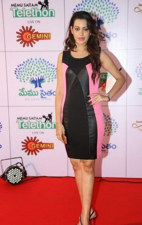 Tollywood Girl Deeksha Panth in Black Pink Mini Skirt Dress at Memu Saitam Dine, Actress, Tollywood, Western Dresses | Indian Fashion Updates | Scoop.it