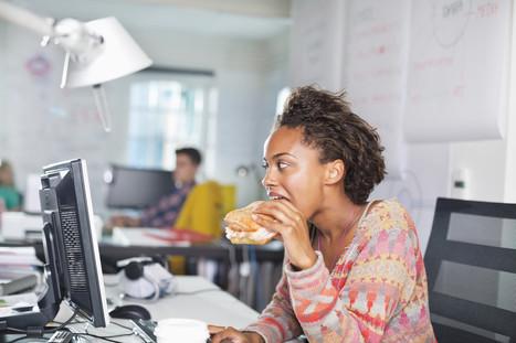 Manger à son bureau nuit à la créativité | Relaxation Dynamique | Scoop.it