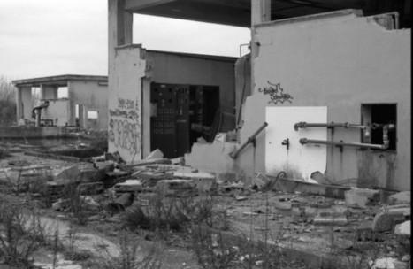 Archeologia Industriale - Stabilimento Motofides Marina di Pisa | Nicola Tanzini Fotografie - Fotografia Analogica in Bianco e Nero | Fotografia Italiana | Scoop.it