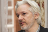 Julian Assange n'est plus cerné par des policiers en uniforme - Politique - Numerama | Geeks | Scoop.it