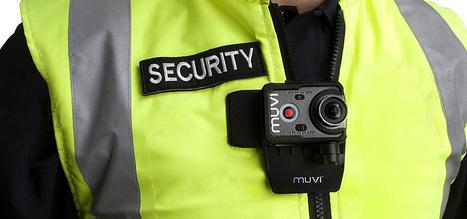 Veho Muvi K2, minikamera monterad på uniform   Image   Scoop.it