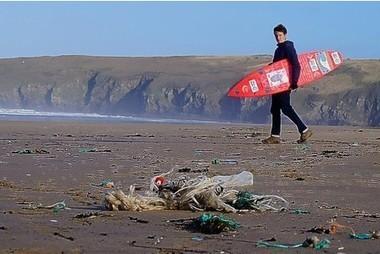 Marine litter 'crisis' prompts beach clean-up | Environmental progress | Scoop.it