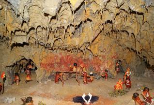 Asturias. La Prehistoria contada por los clics dePlaymobil. | paprofes | Scoop.it