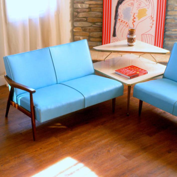 Blonde Corner Table | Antiques & Vintage Collectibles | Scoop.it