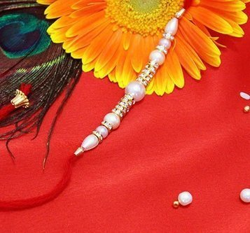 5 Premium Rakhis to adorn wrist of Brother Resides in Australia | Rakhi Sepcial | Scoop.it