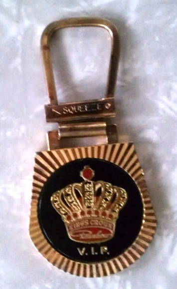 Vintage King's Crown Rainbow VIP Keychain Keyring Pat Pending Vegas Casino Maybe? | Antiques & Vintage Collectibles | Scoop.it