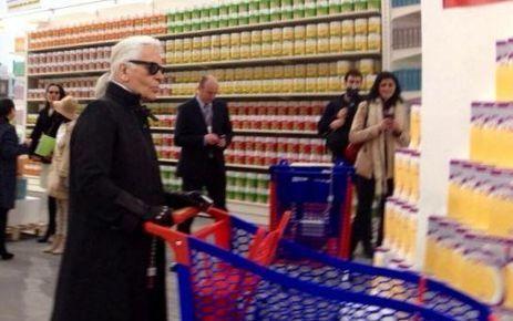 Tous directions le supermarché CHANEL VIDEO. Défilé de mode au supermarché :  Chanel fait des remous...   La mode   Scoop.it