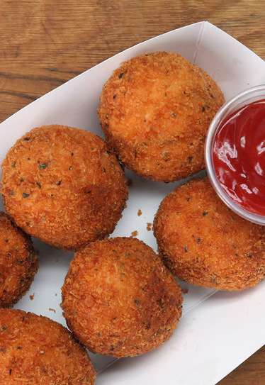 #Recipe : Cheese-Stuffed Chicken Nuggets | DIY & Crafts | Scoop.it