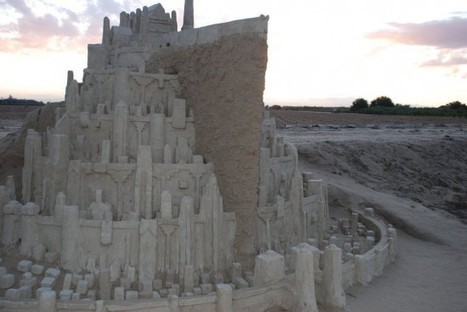 Minas Tirith Replica Made from Sand and Water Will Blow Your Mind   Strange days indeed...   Scoop.it