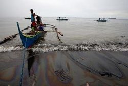 Oil spill a common phenomenon in Malaysia, claims environmentalist | Oil Spill | Scoop.it