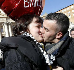 Pope Francis offers strong advice to Valentine's Day celebrants in St. Peter's Square - Living Faith - Home & Family - Catholic Online | Vatican | Scoop.it