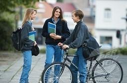 A Teen Speaks: Is Social Networking Damaging Our Social Skills? - SocialTimes | Social Networking000 | Scoop.it