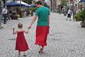 This Dad's Superhero Cape Is A Skirt | Gauche na vida | Scoop.it