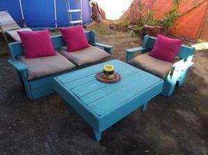 Une petite #pausecafé dans le #jardin sur des #meubles en bois #palettes avec le #coindesbricoleurs | Best of coin des bricoleurs | Scoop.it